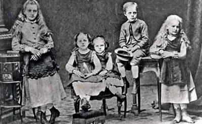 Marie Curie's childhood siblings