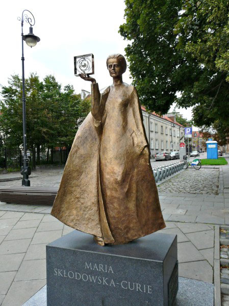 Statue of Marie Curie in Warsaw